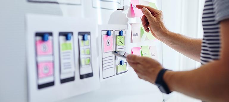 Zeit, Kosten und Umfang - diese Faktoren sind für die Planung eines Chatbots relevant